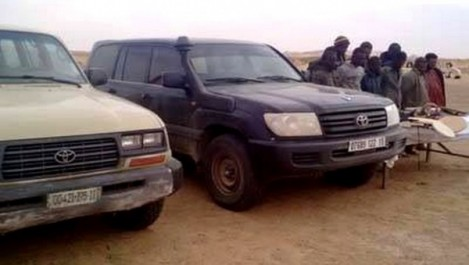 Saisie d'un véhicule tout-terrain à In Guezzam et arrestation de 29 immigrants à l'ouest et au sud du pays (MDN)
