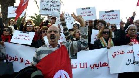 Les Tunisiens manifestent contre le retour des terroristes