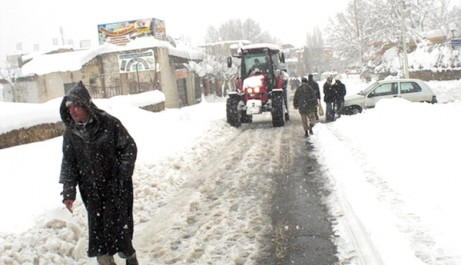 Intempéries : Froid, chutes de neige, routes bloquées et pression sur le gaz butane