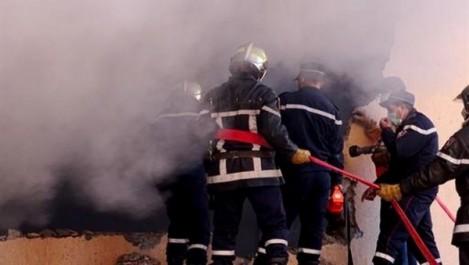 Une fumée épaisse s'échappe du tribunal de Sidi M'hamed
