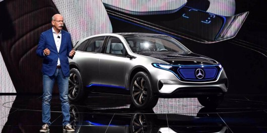 Automobile : Mercedes-Benz nouveau numéro un mondial du haut de gamme