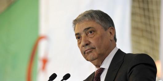 Boycott des législatives Benflis dans l'oeil du cyclone