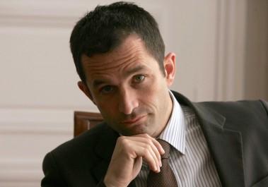 Primaire de gauche française: Benoît Hamon en tête avec 36,21%, devant Manuel Valls (31,19%)