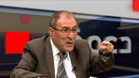 """Nordine Ait Hamouda à Bouzeguène : """"Nous combattrons les corrompus""""."""