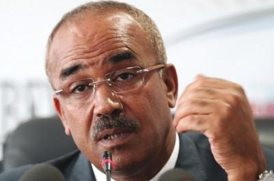 Noureddine Bedoui assure : « Les pièces d'état civil, c'est fini ! »