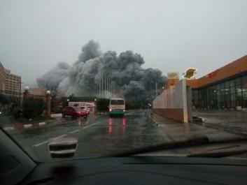 URGENT: Gigantesque incendie à la Foire d'Alger (Vidéo)