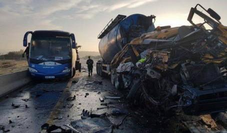 Un bus se renverse à Boussaada : 9 morts et 12 blessés.