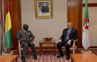 Sellal reçoit le ministre d'Etat guinéen de la Sécurité et de la Protection civile