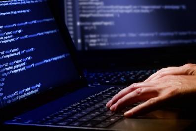 Le colonel Djamel Berdjem: «Près de 2 500 cybercrimes enregistrés en trois ans»