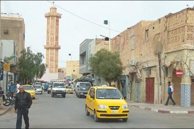 Les chauffeurs de taxi bloquent le centre-ville