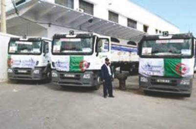 Caravane d'aides alimentaires pour les camps de réfugiés sahraouis de Tindouf