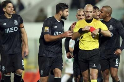 Avant la CAN, Brahimi termine sur une contre performanc avec Porto