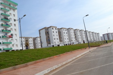 Oran : 7.000 logements seront attribués en 2017.