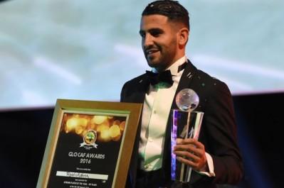 Riyad Mahrez élu Joueur africain de l'année 2016 par la CAF.