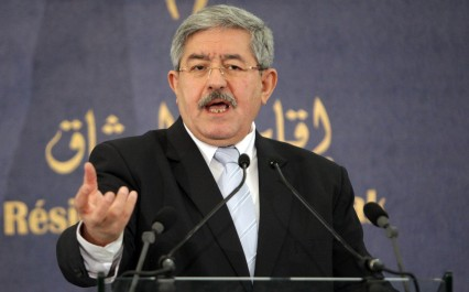 Ouyahia : «Si la Syrie était tombée, le tour de l'Algérie serait venu ».