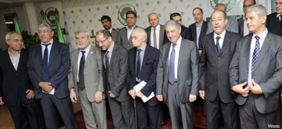 L'opposition dans un sommet en rangs dispersés