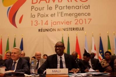 Ouverture de la réunion ministérielle préparatoire au sommet Afrique-France .