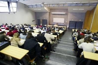 Les premiers résultats seront connus dans six mois: Les universités s'auto-évaluent