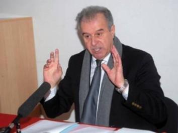 Nouveau coup dur pour le « clan » Raouraoua : Ali Fergani réélu à la tête de l'AAIF
