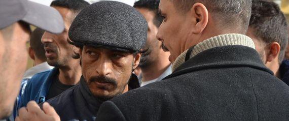 Tahar Belabbas, membre de la Coordination de défense des chômeurs, arrêté avec 27 harraga et condamné à payer une amende