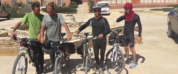 Alger à Tamanrasset à vélo: les quatre cyclistes réussissent leur pari !