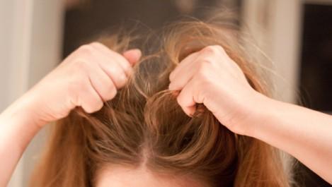 Info: Un cheveu qui tombe avec sa racine ne repousse pas