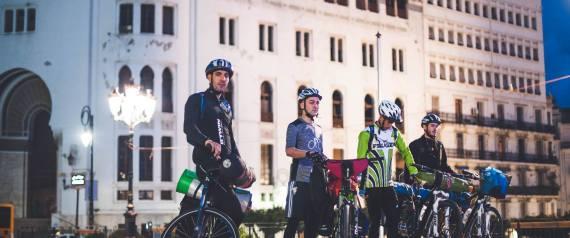Alger à Tamanrasset à vélo: le pari fou de quatre jeunes Algériens