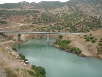A partir de Aïn Defla Ouali déclare la guerre aux vols, au gaspillage et à la mauvaise gestion de la ressource hydrique