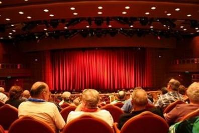 Guelma: Lancement d'un programme de présentation de pièces théâtrales à travers 12 communes