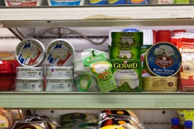 Désormais, fromages, chocolats soumis à la licence d'importation!