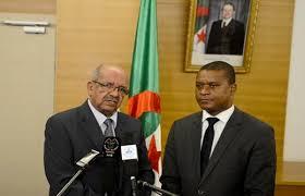 M. Messahel reçoit l'envoyé spécial du Président mozambicain porteur d'un message.