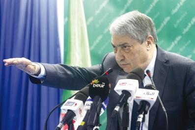Retrait de partisans du boycott de l'ICSO:  Benflis ne marche pas