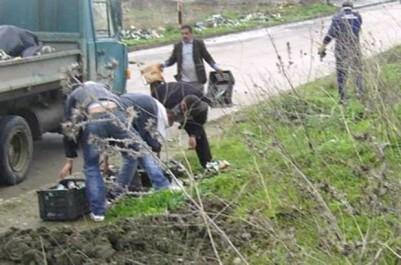 Alors que l'APW prépare le concours Aïssat-Rabah 2017:  Grande opération de nettoyage à Ouadhia