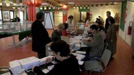 Les consulats algériens «à pied d'œuvre» pour l'assainissement de la liste électorale.