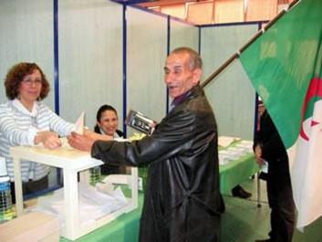 Législatives: confection des listes électorales chez l'émigration: Faible affluence dans l'Hexagone