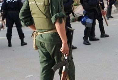 Blida: neutralisation d'une bande de malfaiteurs qui agressait des citoyens sur l'autoroute
