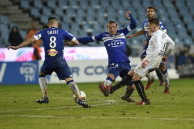 (Terminé) Angers 3 – 0 Bastia (Mostefa titulaire)