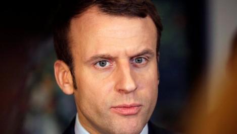 En Algérie, Emmanuel Macron dénonce la colonisation, colère à droite