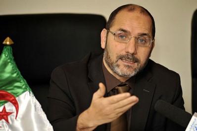 Il refuse d'integrés le gouvernement et menace son parti d'implosion: Makri: le rebelle de la 25ème heure