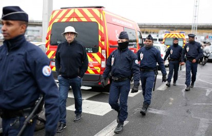 Affaire d'Orly : le père de l'assaillant nie toute intention terroriste