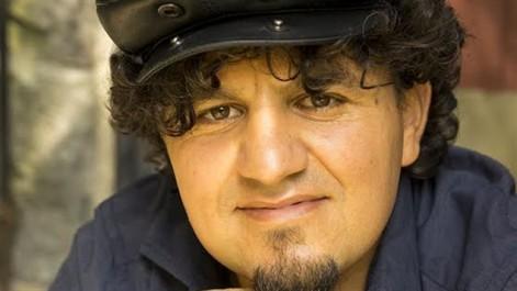 """À l'occasion de la sortie de son livre «La religion de ma mère""""  : Le romancier Karim Akkouche, en tournée de promotion en Algérie"""