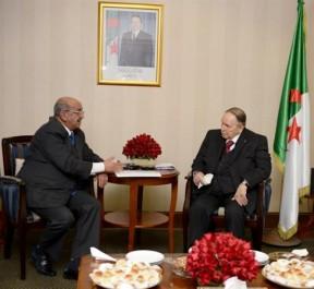 Le Président Bouteflika reçoit M. Messahel