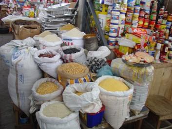 Les produits de première nécessité pas concernés par les licences d'importation : imposer un contrôle rigoureux.