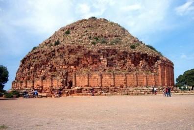 Face aux saccages terroristes de sites archéologiques: 75 millions de dollars pour sauver le patrimoine