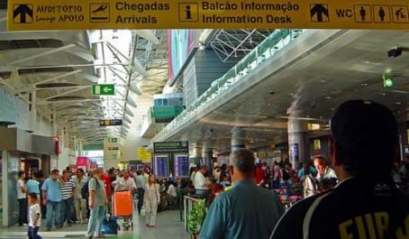Des passagers considérés comme des clandestins au portugal: Ces Algériens mal traités