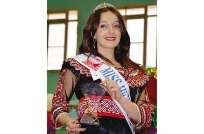 Bouira:  Laïbi Thanina élue Miss Tikjda 2017