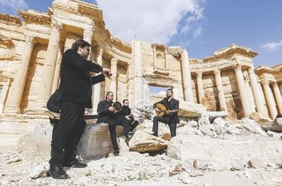 Palymre (Syrie) : Des musiciens veulent effacer les flétrissures de l'EI