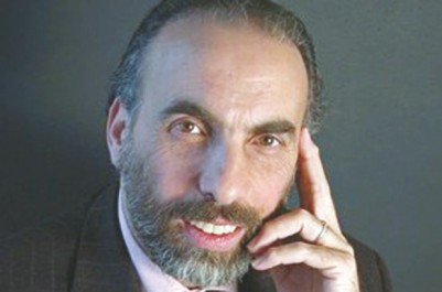 """Il était un des invités d'un salon du livre à Paris:  Mustapha Cherif : """"Il y a aujourd'hui un grand besoin de véritable spiritualité"""""""