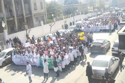 Université / Crise : Facultés de pharmacie et de chirurgie dentaire, la grève tourne à l'impasse.