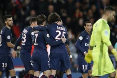Ligue 1 : Le PSG renverse l'OL et garde Monaco dans le viseur